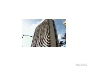 2121 Ala Wai Blvd #1901, Honolulu 96815 | $435,000 FS