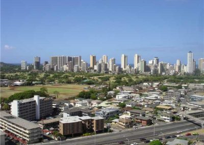 2825 S King St #2002, Honolulu 96826 | $440,000 FS
