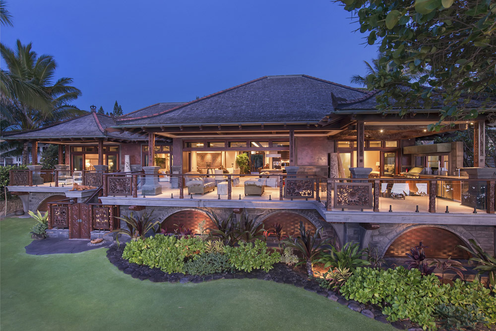 Welcome to Hale Komodo. Stunning, handcrafted perfection.