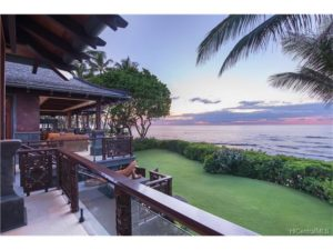 One of the many treasures of living beachfront on the North Shore of Oahu: Beautiful Sunsets.